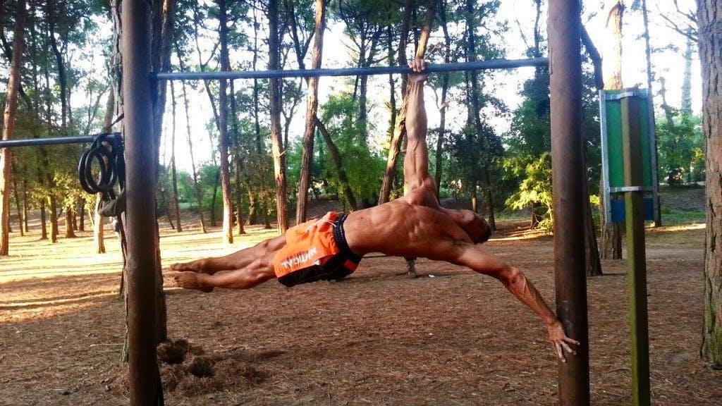 Erick Neri corpo libero